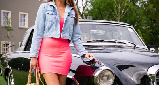 Stylizacja retro pink girl